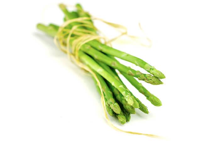 北海道産のアスパラガスは収穫時期によって違う?通販で人気の春取り・夏取りアスパラガス